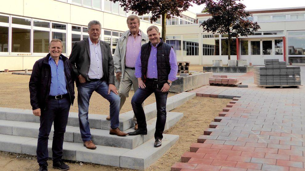 Martin Lange, Hubert Pohlmann, Alfons Schwegmann, Guido Pott (v.l.n.r.). Foto: SPD Wallenhorst