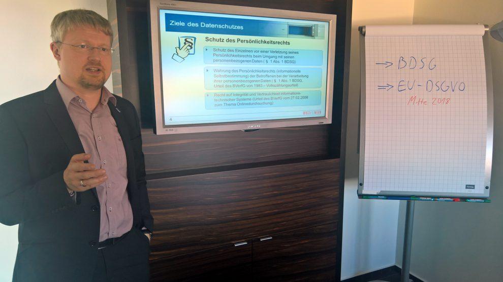 Markus Steinkamp (Kandidat für den Wahlbereich II) ist selbst Datenschutzbeauftragter und unterstützt als Dozent ehrenamtlich Bildungsinitiativen. Foto: A.G.W.