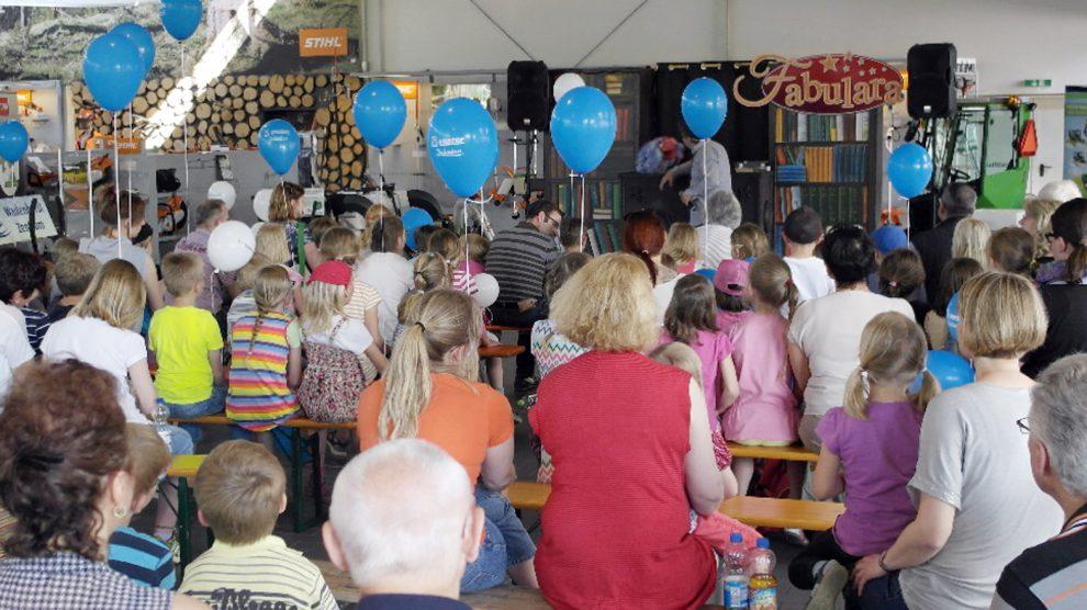 Premiere für den Wallenhorster Kindertag mit Fabulara bei Stavermann. Foto: konsequent PR