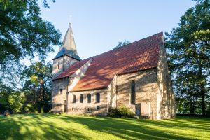 Die Alte St. Alexanderkirche im Alten Dorf von Wallenhorst. Foto: Thomas Remme / Gemeinde Wallenhorst