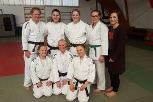 Das Hollager Judo-Team beim ersten Kampftag der Damen-Niedersachsenliga. Foto: Blau-Weiss Hollage