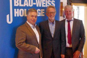 Clemens Lammerskitten MdL, Winfried Beckmann, Stellv. Vorsitzender des Kreissportbundes Osnabrück-Land und Gerhard Strößner, Präsident von Blau-Weiß Hollage. Foto: pm/R. Ul.