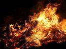 In der Gemeinde Wallenhorst finden wieder zahlreiche öffentliche Osterfeuer statt. Symbolfoto: Pixabay / Reynard1603