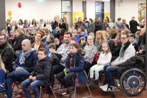 Die Aula der Thomas-Morus-Schule ist am Schnuppertag gut gefüllt. Foto: Dieter Ostendorf
