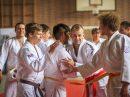 Eindrücke vom gemeinsamen Training, Abendessen und vom ersten Kampftag. Fotos: Blau-Weiss Hollage