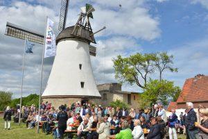 Großer Andrang und Begeisterung herrschte auch auf dem vergangenen Mühlenmarkt an der Lechtinger Windmühle. Foto: Windmühle Lechtingen e.V.