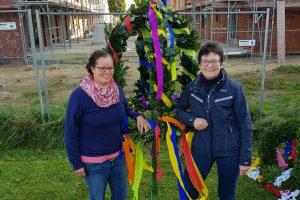 Die Investorin Barbara Bender und ihre Architektin beim Richtfest am Brunings Kamp. Foto: PR