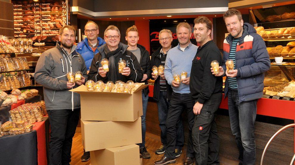 Jens Wechsler, Claus Heinze, Hans-Jürgen Klumpe, Julian Venske, Johannes Beckmann, Guido Gartmann, Jörg Berelsmann, René Sutthoff (v.l.). Foto: konsequentPR