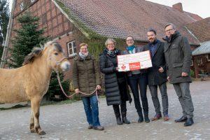 Engagieren sich für die tiergestützte Therapie (von links): Daniela Kray, Kornelia Böert, Monika Scholz, Heiko Cieslik und Otto Steinkamp. Foto:André Thöle