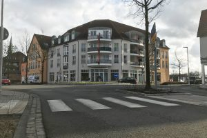 An der Niedersachsenstraße 1 entsteht mitten im Zentrum von Wallenhorst neben der neuen Rossmann-Filiale ein nachhaltiger Laden mit dem Schwerpunkt auf Lebensmittel. Foto: Wallenhorster.de