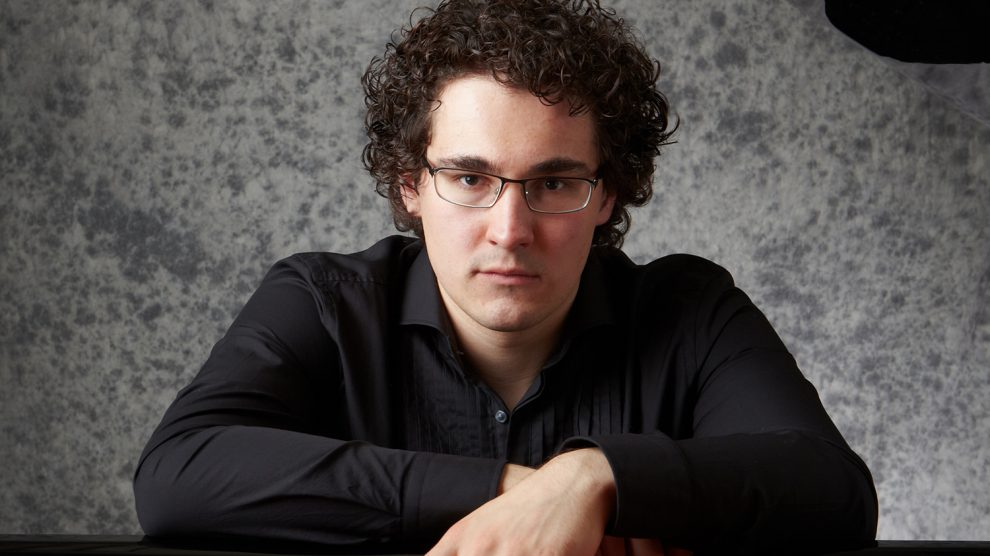 """Artem Yasynskyy präsentiert zwei Meilensteine der Klavierliteratur: Beethovens """"Appasionata"""" und Schumanns Zyklus """"Carnaval"""" im Ruller Haus. Foto: Sugihara Osamu"""