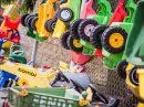 Gut erhaltene Spielgeräte, die auf den AWIGO-Recyclinghöfen abgegeben wurden, stehen für Sozialarbeiter aus der Kinder-, Jugend- oder Familienhilfe in Wallenhorst bereit. Foto: A.W. Sobott
