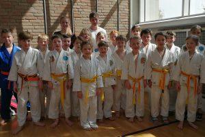 Das Team der jungen Hollager Judoka der Altersklasse u12 bei der Kreismannschaftsmeisterschaft. Foto: Blau-Weiss Hollage