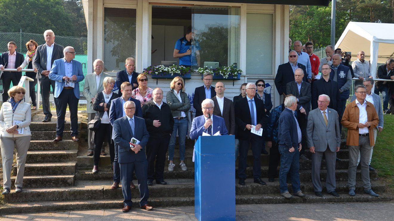 Schirmherr Alfred Lindner bei seiner Ansprache. Foto: Markus Wulftange