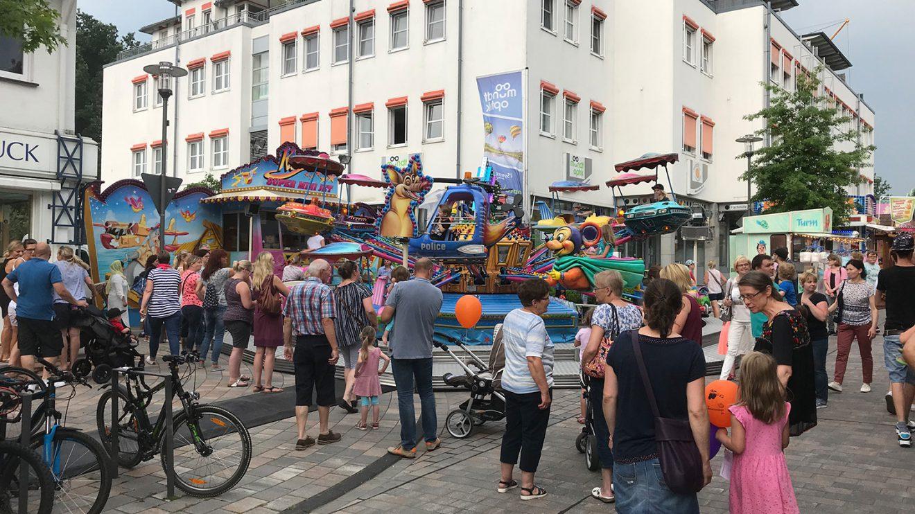 Buntes Treiben am Freitagnachmittag auf der Wallenhorster Klib 2018. Foto: Wallenhorster.de