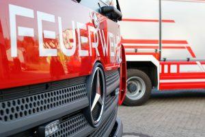 Die Feuerwehr im Einsatz. Symbolfoto: Pixabay / lukasbecker