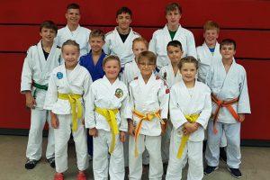 Einige der erfolgreichen Hollager Judoka beim Artland Cup in Quakenbrück. Foto: Blau-Weiss Hollage