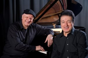 Das Osnabrücker Duo Pianoworte mit Schauspieler Helmut Thiele und Pianist Bernd-Christian Schulze gibt am Freitag, 21. September, ein Gastspiel im Ruller Haus. Foto:Lev Silber