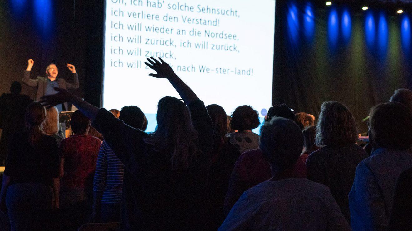 Das Rudelsingen in Wallenhorst erfreut sich wachsender Beliebtheit. Foto:Thomas Remme