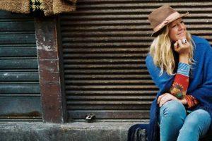 Die britische Sängerin und Songschreiberin Daisy Chapman steht am Freitag, 9. November um 20 Uhr, auf der Bühne des Ruller Hauses. Foto:Ula Blocksage