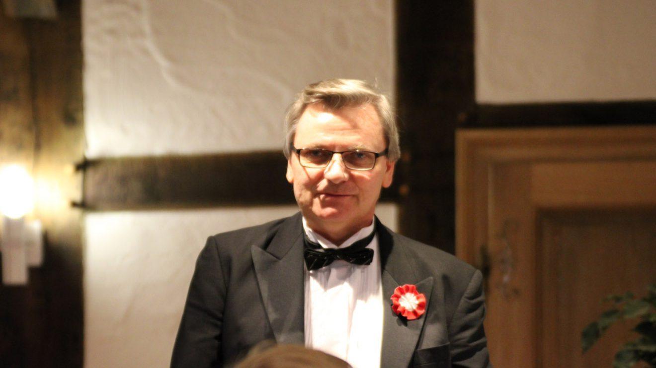 Der Pianist Maciej Gabriel Wesolinski. Foto: Dominik Lapp, kulturfeder.de