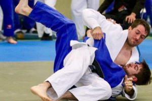 Christopher Bockholt von Blau-Weiss Hollage setzt sich bei der Norddeutschen Meisterschaft im Judo erfolgreich durch. Foto: Blau-Weiss Hollage