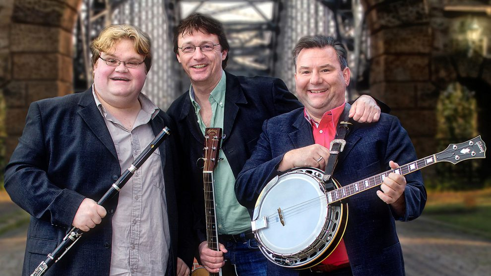 Zu Gast im Ruller Haus ist die Band Trasnù mit einer musikalischen Reise durch Stile, Zeit und Kultur. Foto: Plüschke