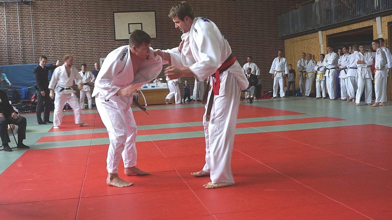 Das Judoteam von Blau-Weiss Hollage kämpfte hoch motiviert am ersten Kampftag der Bezirksliga Weser-Ems, holte jedoch keine Punkte. Foto: Blau-Weiss Hollage