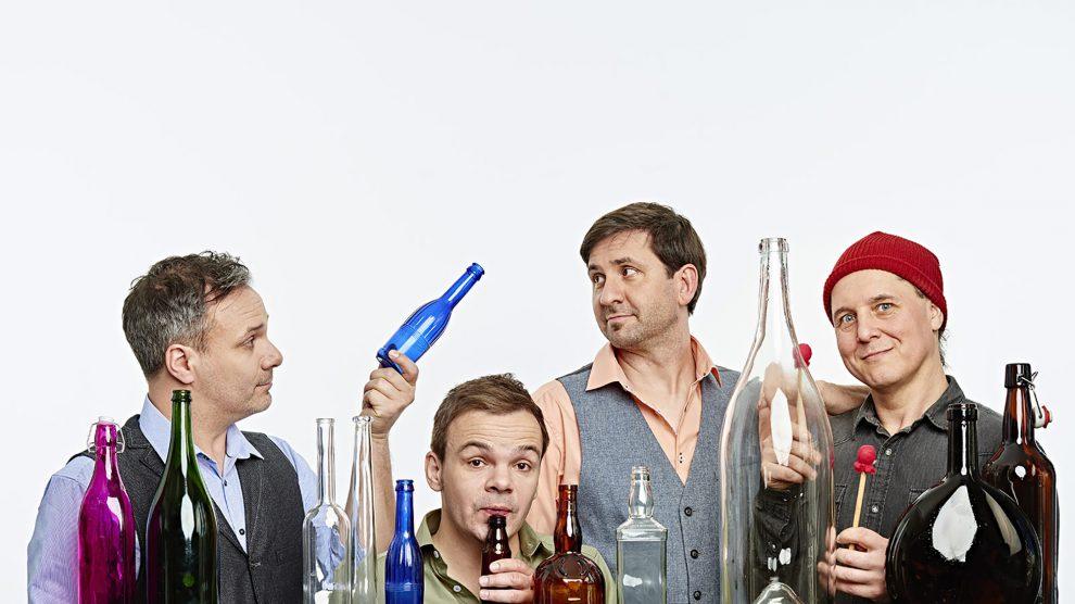 GlasBlasSing – frisch verzapfte Flaschenmusik aus Berlin. Foto: Yves Sucksdorff