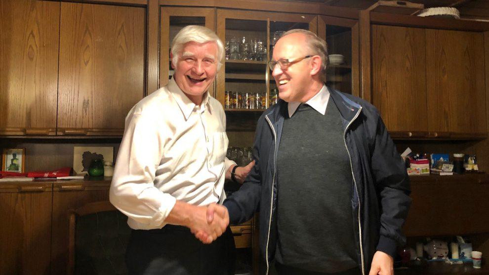 Pfarrer Anton Behrens (links) und Domkapitular Dr. Hermann Wieh (rechts). Foto: Volker Holtmeyer
