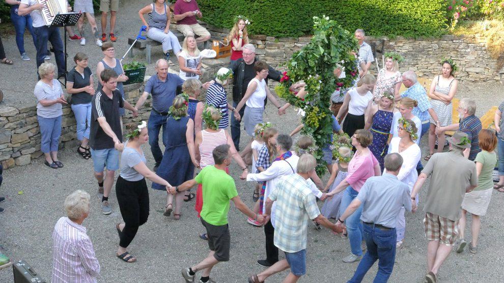 Das Ruller Haus lässt am Mittwoch, 19. Juni, die Saison wieder auf schwedische Art ausklingen. Foto: Burkhard Imeyer