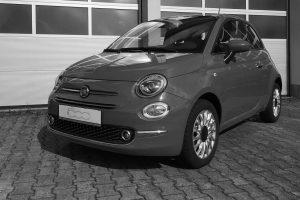 Ein ziemlich neuer, schwarzer Fiat 500 wurde in Wallenhorst gestohlen. Symbolfoto: Pixabay / umberto689