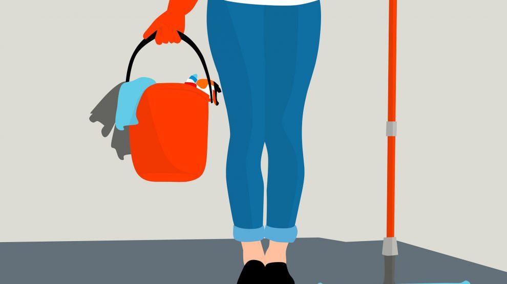 Der Seniorenbeirat freut sich sehr darüber, dass bereits ab den 1. November 2019 die Haushaltshilfe von Menschen in Wallenhorst mit einem anerkannten Pflegegrad (mindestens) 2 in Anspruch genommen werden kann. Symbolfoto: Pixabay / mohamed_hassan