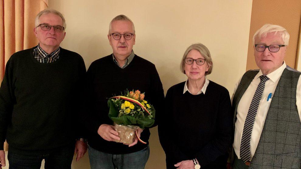Von links: Theo Ebbeskotte, Ernst-August Schulterobben, Rita Plois und der stellvertretende Bürgermeister Alfred Lindner. Foto: CDU Gemeindeverband Wallenhorst