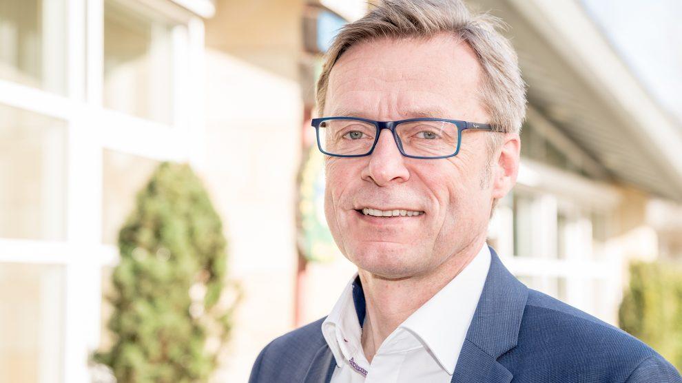 Bürgermeister Otto Steinkamp lädt alle Bürgerinnen und Bürger herzlich ein, ihre Anliegen in den Bürgerforen mit ihm zu diskutieren. Foto: Gemeinde Wallenhorst / Thomas Remme