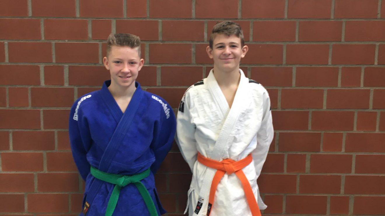 Nikita (links) und Tilo. Foto: Blau-Weiss Hollage