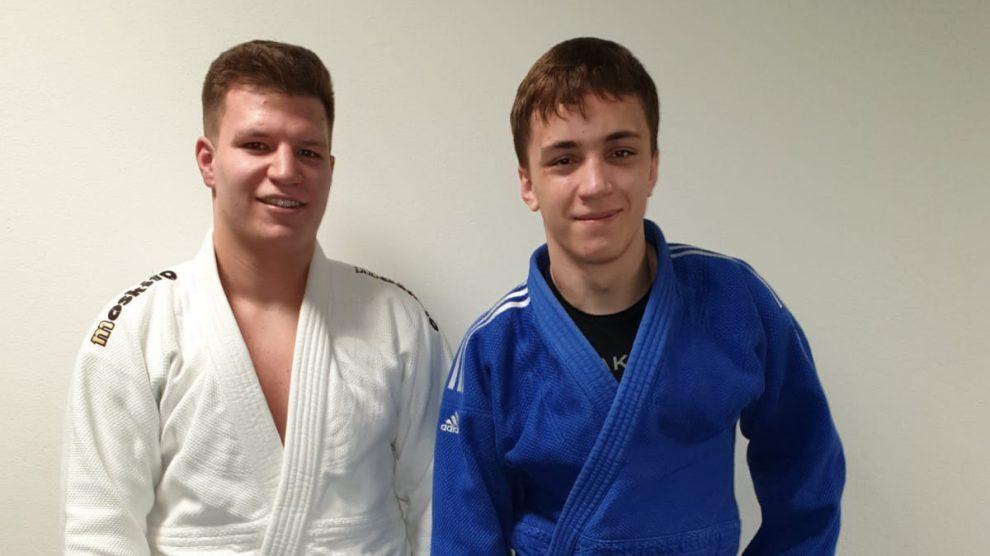 Martin Fischer und Daniel Novakovic. Foto: Blau-Weiss Hollage