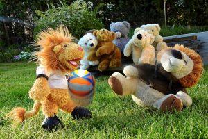 Spiel und Spaß mit Bällen bietet die Osnabrücker Ballschule für Kinder zwischen drei und zehn Jahren. Symbolfoto: Bru-nO / Pixabay