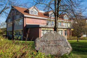 Die Anmeldungen für das Schuljahr 2021/2022 nehmen die Wallenhorster Grundschulen – hier die Grundschule Lechtingen – am 13. und 14. Mai entgegen. Foto: Thomas Remme / Gemeinde Wallenhorst