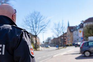 Polizei und Ordnungsbehörden kontrollieren auch in Wallenhorst die Einhaltung der Vorschriften zur Eindämmung der Corona-Pandemie. Foto: André Thöle / Gemeinde Wallenhorst