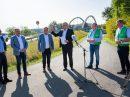 Gute Laune beim Pressetermin vor Ort: Das Land Niedersachsen gibt dem Bürger-Radweg Hollage-Halen seinen Segen. Foto: André Thöle / Gemeinde Wallenhorst