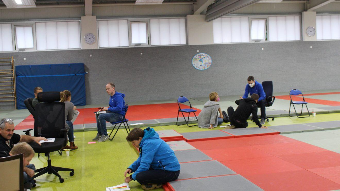 Erster offizieller Workshop in der neuen Trainingshalle von Blau-Weiss Hollage. Foto: Blau-Weiss Hollage