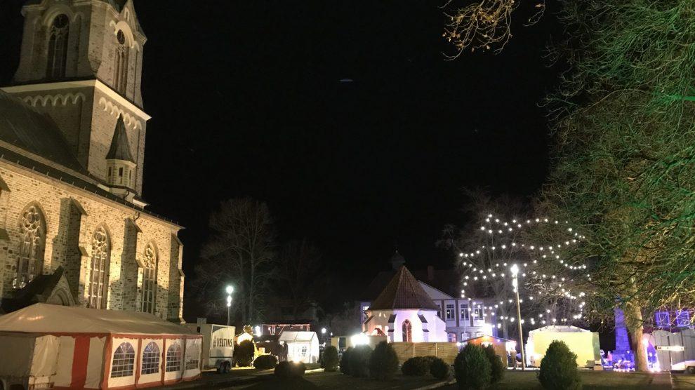 Weihnachten 2020 läuft wie vieles auch in Wallenhorst etwas anders ab. Ohne Weihnachtsmarkt, dafür mit vorheriger Anmeldung für alle Gottesdienste per Telefon oder online. Archivfoto: Rothermundt / Wallenhorster.de