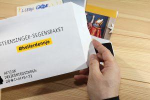 Das Sternsinger-Segenspaket: Bestückt mit einer kleine Spendentüte, einem Flyer und dem Segen der Sternsinger kann die Botschaft der Sternsinger kontaktlos und kreativ zu den Menschen kommen. Foto: Martina Gloge / Kindermissionswerk