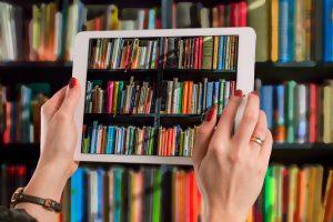 Die Ruller Bücherei startet einen Lieferservice. Medien können online vorbestellt werden. Symbolfoto:Gerd Altmann / Pixabay