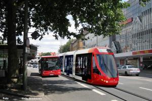 Bündnis 90 / Die Grünen in Wallenhorst unterstützen die Initiative Stadtbahn Osnabrück und schlagen eine Verbindung bis nach Wallenhorst vor. Foto: Heike Brinkmann / Montage: Stefan van Lente