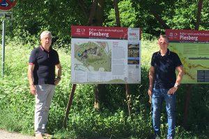 Ernst August Schulterobben und Dirk Hildebrandt am Parkplatz Grubenweg in Lechtingen. Foto: CDU