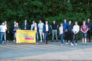 Die Kandidat(inn)enriege der FDP Wallenhorst zur Kommunalwahl 2021. Foto: Domenic Schlinge – Foto Oger