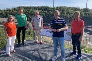Stellen sich klar gegen eine Bauschuttdeponie am Piesberg: (von links) die SPD-Ratsmitglieder Ulrike Gering, Hauke Klein, Norbert Hörnschemeyer, Guido Pott und Hans Stegemann. Foto: SPD Wallenhorst