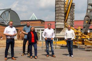 Freuen sich über den Beginn der Bauarbeiten am Andreaskindergarten in Hollage-Ost: (v.l.) Guido Pott, Hauke Klein, Ulrike Gering, Hubert Pohlmann und Jochen Klein. Foto: SPD Wallenhorst
